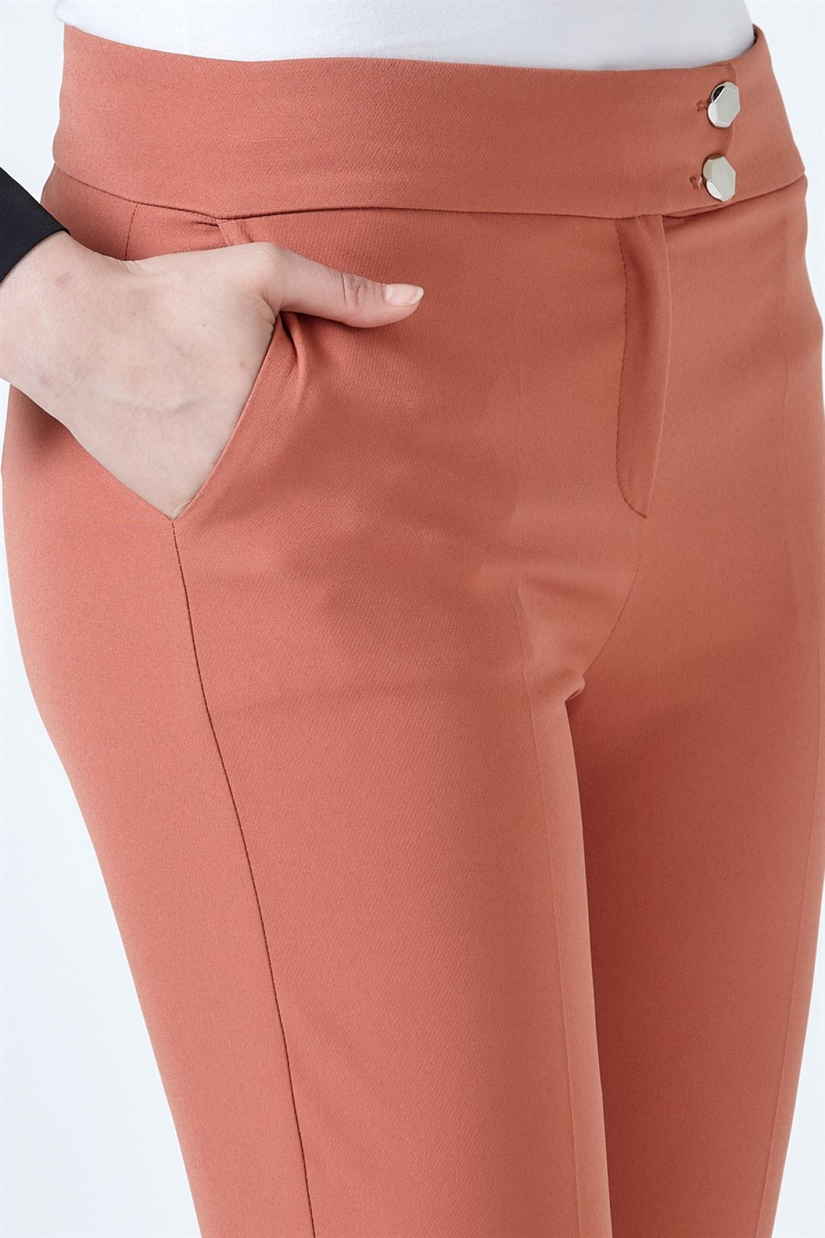 Armine Ankle Length Women's Pants 9Y3020 Red