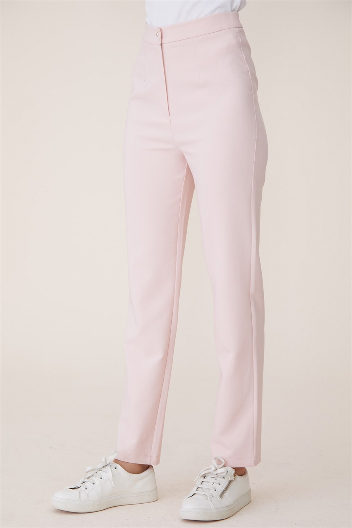 Armine Women's Short Trousers - 9Y8026 Pink